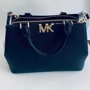 NEW Michael Kors Florence Crossbody Black Purse